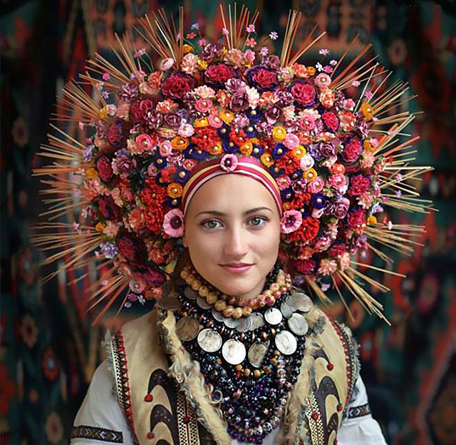 Ukrainian flower crown - vinok